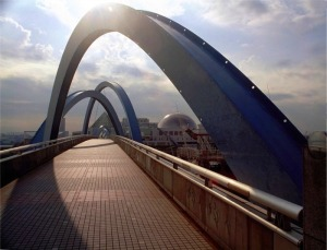Port of Nagoya Pedestrian Bridge fixed